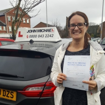 Look at lisa, she's buzzing!! And no wonder, she's just passed her test at the first attempt with only 2 minors