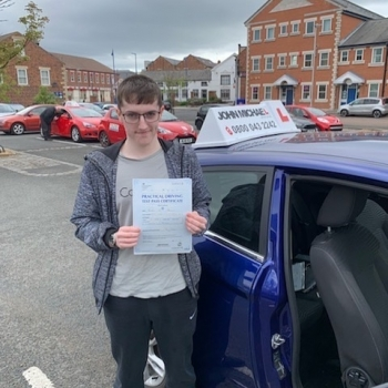 Great Drive from Kieran today He's  just passed his test at first attempt today with our instructor Kingsley Straker and only 4 FAULT'S