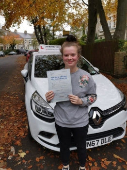 All smiles from Saffy Hogarth today! No wonder!! She's just passed  at the 1st attempt with her instructor Rob Stephenson with only 3 minors at #gosforth