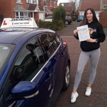 Amazing driving from Katharine Sayer today! She's just passed with our instructor Chris with only 2 minors!!...