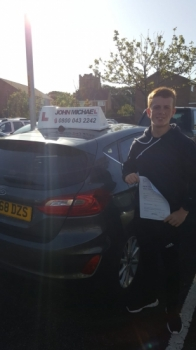 AMAZING driving from Anthony today!! He's just passed his test today with only 2 minors. Jack passed with our instructor Graham Scott.