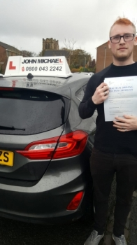 Congratulations to Dale on passing his test today with only 2 minors Dale passed with with our instructor Graham Scott Well done Dale!! Call us and be next on 0800 043 2242