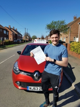 20/05/2018 Look at Joe Catrall! He's buzzing! 😁😁 he's just passed his test at Blyth first time! With his instructor Rob Stephenson and only 4 minors! Call 0800 043 2242 or visit Johnmichaeldrivinglessons.co.uk to book...