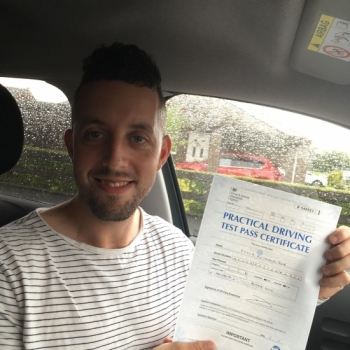 06/08/2019 Gavin's second clean sheet in a row! This time, for Peter Rea!!  0 driving faults! The PERFECT drive. Peter passed with our instructor Gavin Hudd...