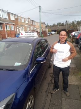 Ah look at Cecilio Lumagod!! He's so pleased 😁 he just passed his driving test with our instructor Chris at  Blyth.