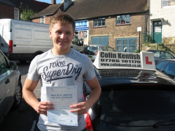 07 October 2013 - Harvey passed with only 5 minor driving faults! Well done Harvey, that was a really good result....