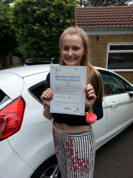 29 June 2017 - Rosie passed with only 1 minor driving fault! Well done Rosie, that was a brilliant result....