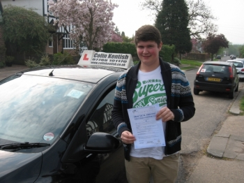 18 April 2011 - Harry passed first time with just 8 minor driving faults. Well done Harry, that's a really good result....