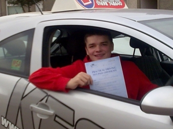 I passed with kess driving school I would definitely recommend kessThe examiner said I gave an excellent drive