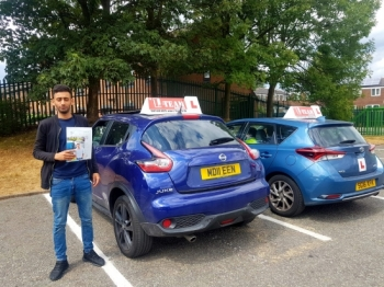 Congratulations to Osman  passing his driving test with L-Team driving school for the first time!! #passed#driving#learner🏆 #manchester#drivinglessons #help #learning #cars Call us now to get booked in on 0333 240 6430  PASSED JULY 2018 🏆...