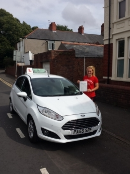 Megan Jones proudly holding her Pass Certificate after passing today with few driver faults. A great achievement after combining studying, commuting, and competitive rugby with fitting in driving lessons. Congratulations and well done again. Enjoy your driving and keep safe.  Remember after those rugby celebrations drinking and driving don´t ...