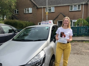 I had such an amazing experience learning to drive with 'Shaun', I'd never driven before but passed 'first time' thanks of StreetDrive.<br />