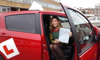 Sue is absolutely brilliant. I would recommend her to any friend or relative wanting to get behind a wheel. Incredibly patient, supportive and a great laugh too, she helped me pass first time!! Now i´m not having lessons, i miss her!...