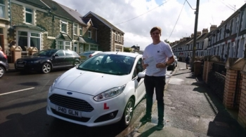 30.9.16 - Congratulations to Gavin Saunders on passing his test today with only 2 minors nice one m8 new you would nail it 😃 bit of a panic with the test times 😜 but we got there in the end...